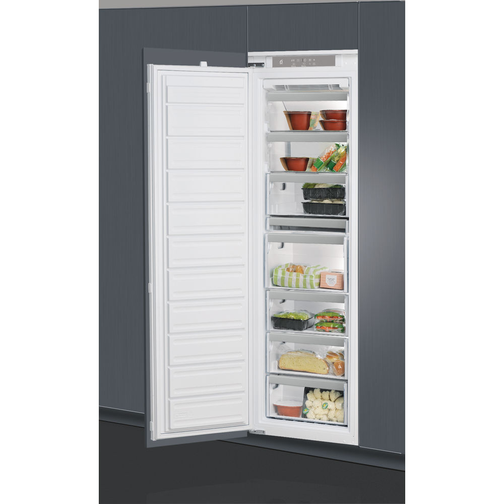 Whirlpool AFB 1843 A+ Integrsted Freezer