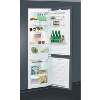 70/30 Built-In Fridge Freezer ART 6502/A+