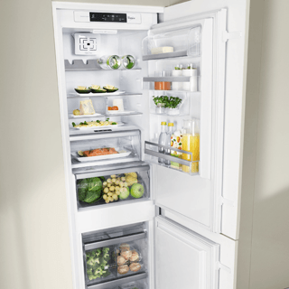 Whirlpool Fridge Freezer in Optic Inox BLF 8121 OX 5
