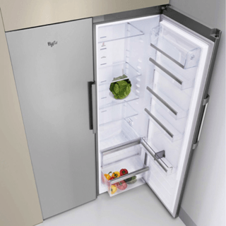 Whirlpool ARG 18083 A++ Integrated Fridge 2