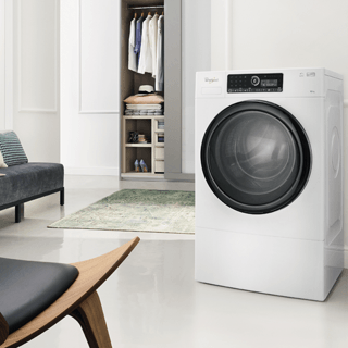 Whirlpool SupremeCare FSCR80410 Washing Machine in White 6