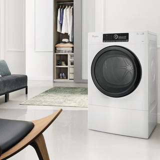 Whirlpool SupremeCare FSCR80410 Washing Machine in White 3