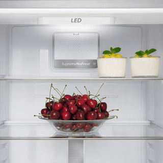 Whirlpool BLF 8121 OX Fridge Freezer in Optic Inox 3