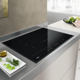 Whirlpool  Built-In Induction Hob in Black ACM 868/BA/IXL 16