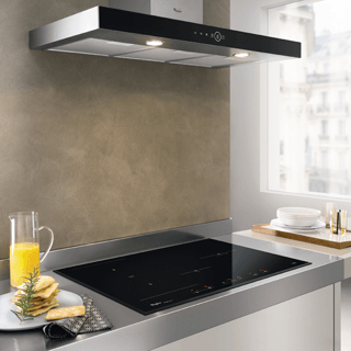 Whirlpool AKR 036 G UK BL Built-In Cooker Hood in Black 2