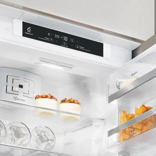 Whirlpool ARG 137/A+ Integrated Fridge 5