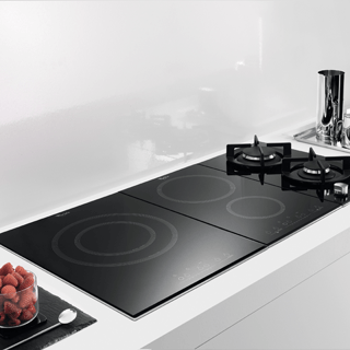 Whirlpool ACM 808/BA/S Built-In Induction Hob in Silver Dawn 1