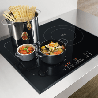 Whirlpool  Built-In Induction Hob in Black ACM 868/BA/IXL 1